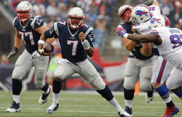Oct 2, 2016; Foxborough, MA, USA; New England Patriots quarterback Jacoby Brissett (7) scrambles during the second half of the Buffalo Bills 16-0 win over the New England Patriots at Gillette Stadium. Mandatory Credit: Winslow Townson-USA TODAY Sports