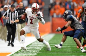 Nov 12, 2016; Syracuse, NY, USA; North Carolina State Wolfpack tight end Jaylen Samuels (1) runs with the ball as Syracuse Orange defensive back Daivon Ellison (19) defends during the third quarter at the Carrier Dome. North Carolina State defeated Syracuse 35-20. Mandatory Credit: Rich Barnes-USA TODAY Sports